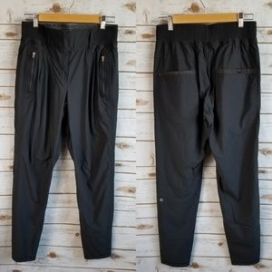 Lululemon run with rover gray jogger/pant